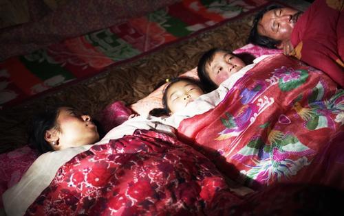 《图雅的婚事》:中国人的婚姻,比悲哀还悲哀 - 有肉吃 - 有肉吃跟着你  的博客