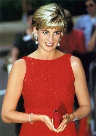 戴安娜王妃人物照片-图片打分游戏 - Mtime时光网