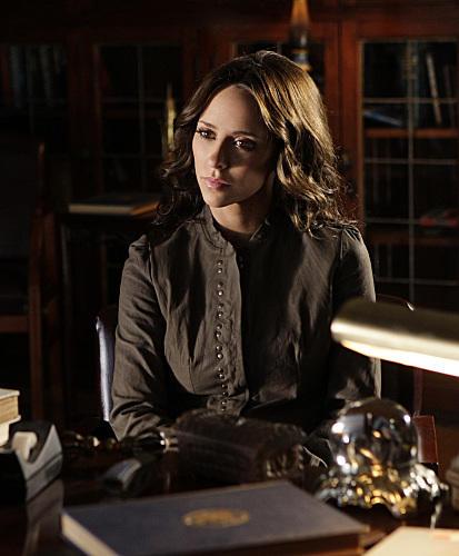 鬼语者 5季完结 女主角称对观众交待不够